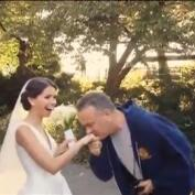Tom Hanks se cuela en una boda en Central Park