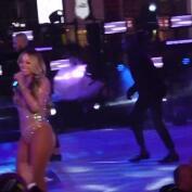 El ridículo de Mariah Carey en el escenario