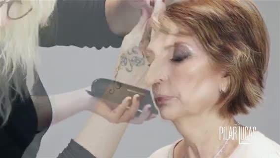 Tutorial de maquillaje: smokey eye en pieles maduras