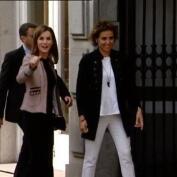 Letizia llega sonriente a su primer acto tras el desencuentro público con la reina Sofía