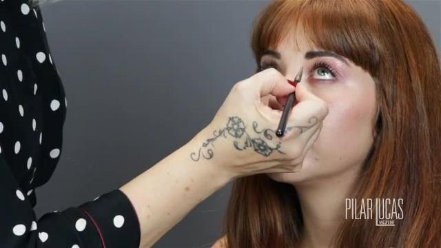 Maquillaje glossy en tonos rosas por Pilar Lucas