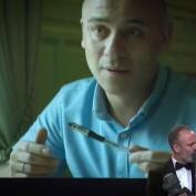 Javier García dedica su Goya por El Autor a las mujeres de su vida