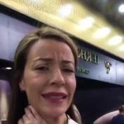 El flechazo de Inés Sainz en la feria BASELWORLD