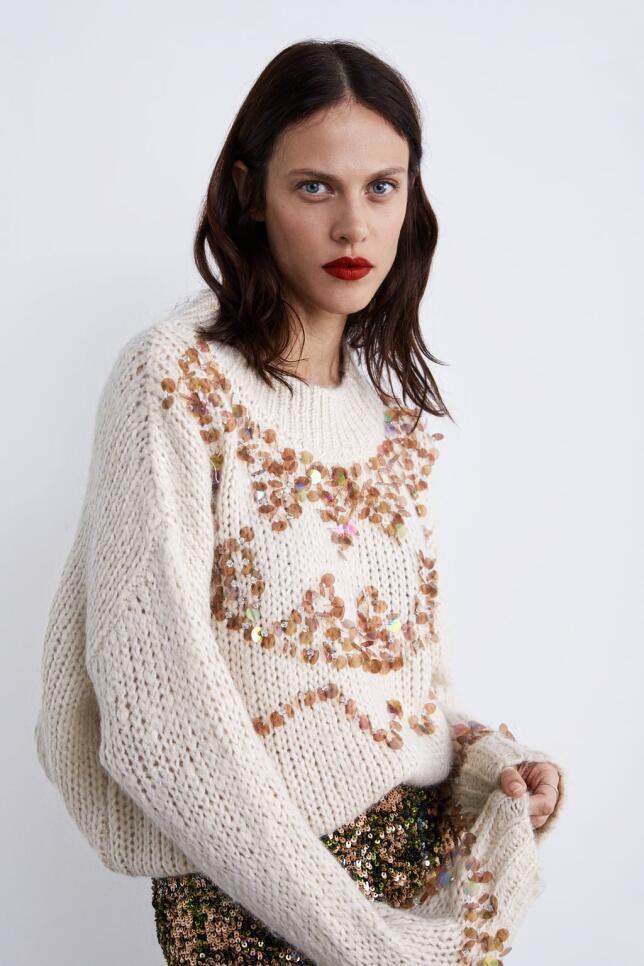 Jersey con lentejuelas de Zara 39,95 EUR