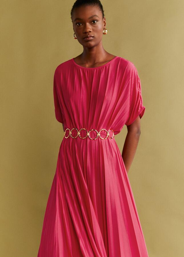 Vestido plisado de Mango 29,95 EUR