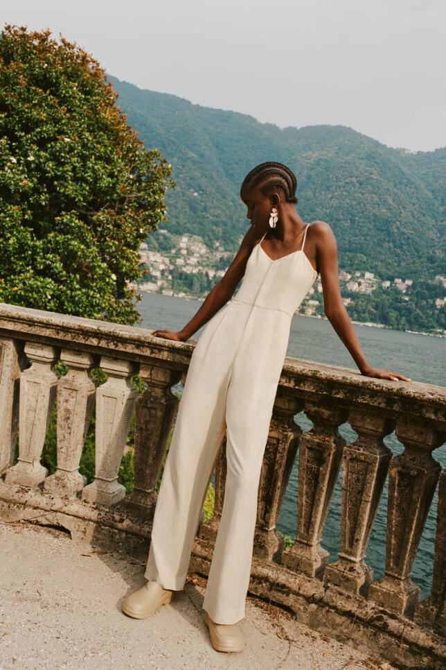 Mono largo en color crema de Zara 39,95 EUR