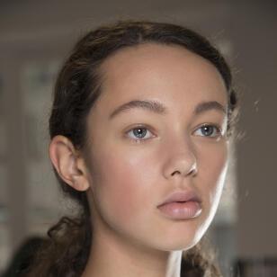 Efecto no makeup: rubor natural