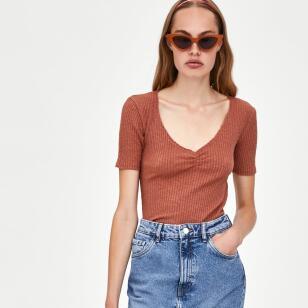 Las faldas vaqueras de Zara más bonitas (y baratas)
