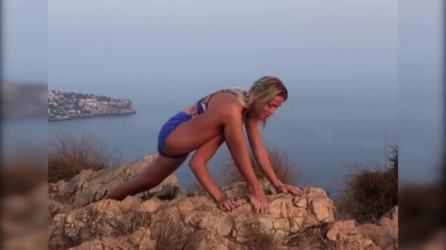 Patry Montero sorprende con su yoga prenatal
