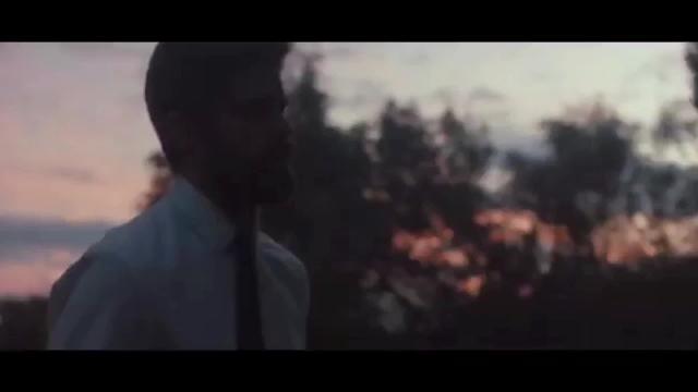 Bustamante y Echevarría estrenan videoclip por separado