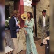 María Pombo desvela que la boda de su hermana Marta sigue adelante