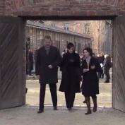 Los Reyes Felipe y Letizia visitan Auschwitz