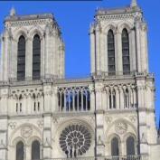 La campana mayor de Notre Dame suena un año después del incendio